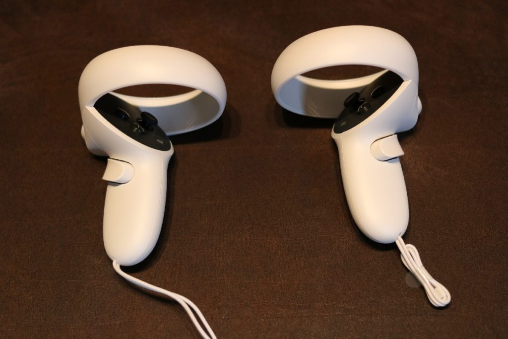 manettes Oculus Quest 2